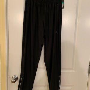 Men's size XL black dri-fit sweatpants. NWT.